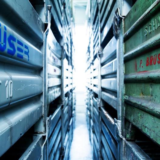 paul-brueser-gmbh-lager-gitterboxen-gibos-logistik-einlagern-material